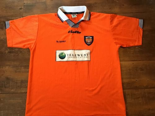 Classic Football Shirts | 1997 Blackpool Vintage Old Jerseys